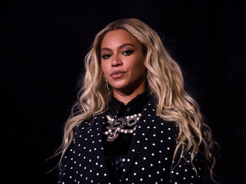 Beyonce's incredible Vogue portrait is going to be on display at the Smithsonian for all to see