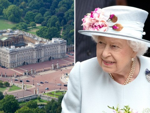 Intruder breaks into Buckingham Palace while the Queen sleeps