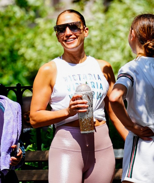 JLo shows off muscles in New York.