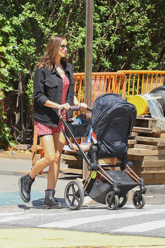 New York, NY - Irina Shayk and daughter seen taking a stroll in NYC Pictured: Irina Shayk BACKGRID USA 15 JULY 2019 BYLINE MUST READ: Ulices Ramales / BACKGRID USA: +1 310 798 9111 / usasales@backgrid.com UK: +44 208 344 2007 / uksales@backgrid.com *UK Clients - Pictures Containing Children Please Pixelate Face Prior To Publication*