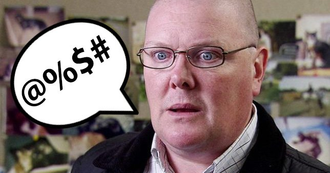 Paddy calls Marlon a c**t in Emmerdale