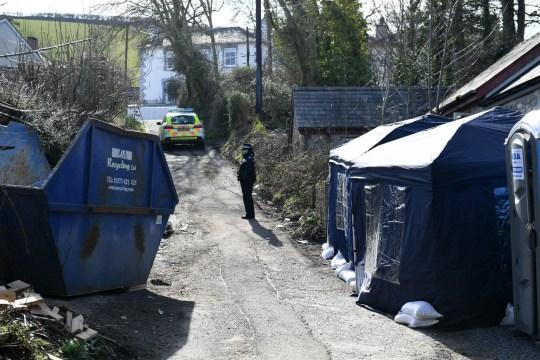 Embalmed dead woman in salted road grit found in Aberaeron