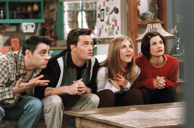Friends fans spot cameraman in The One Without The Ski Trip blunder