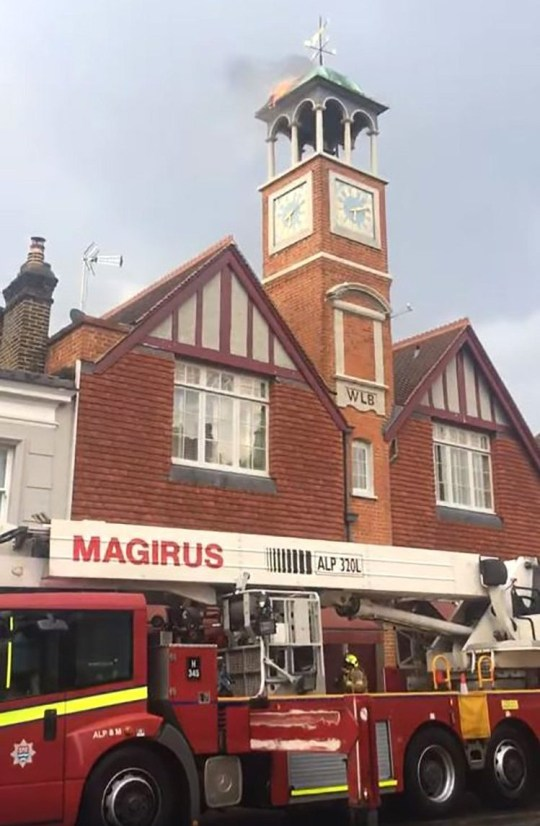 Lighting strike sets Wimbledon clock tower on fire