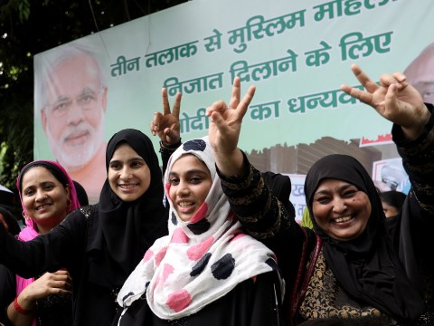 Muslim men can no longer divorce wives by saying 'talaq' three times in India