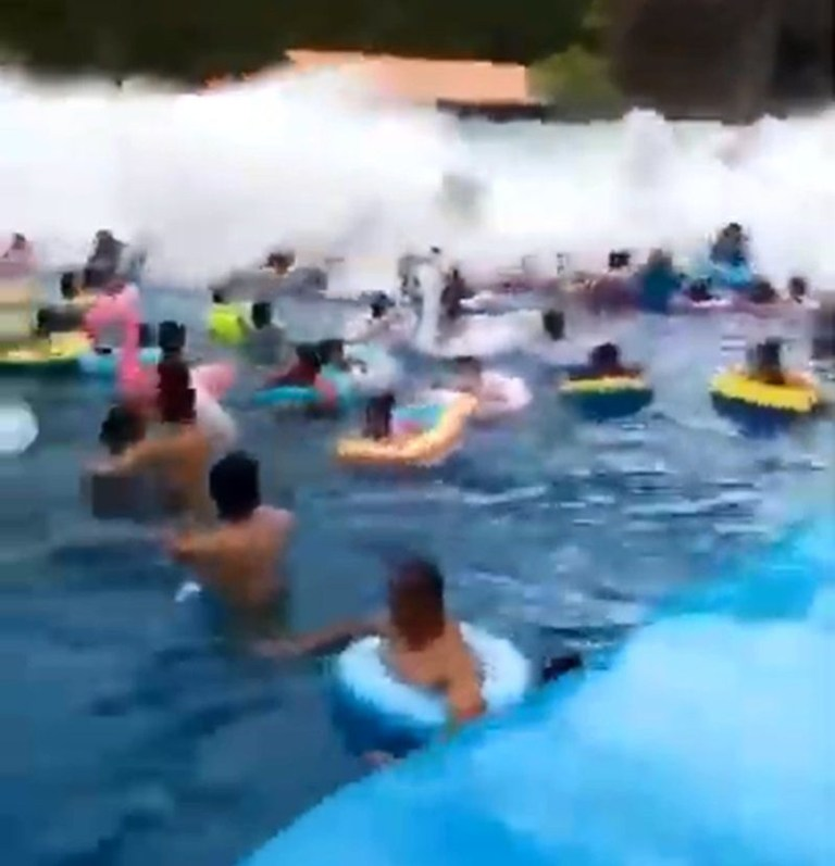 Wave pool malfunctions in China (Picture: Newsflare)