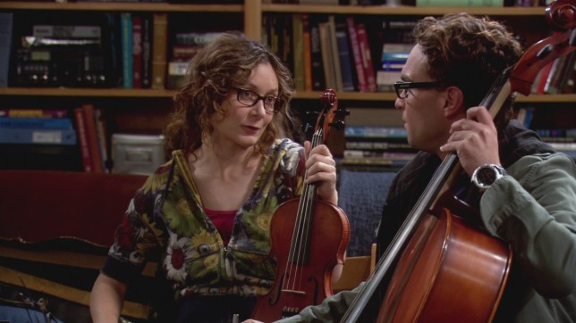 Sara Gilbert and Johnny Galecki on The Big Bang Theory