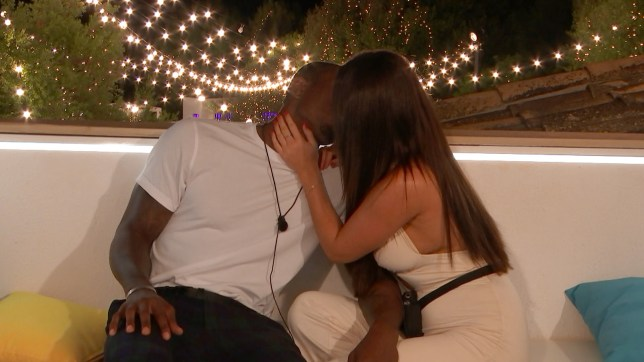 Ovie and India kiss on Love Island