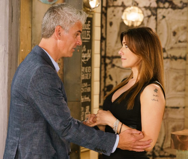 Robert and Michelle in Coronation Street