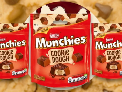 You can now get packets of cookie dough flavoured Munchies in Tesco