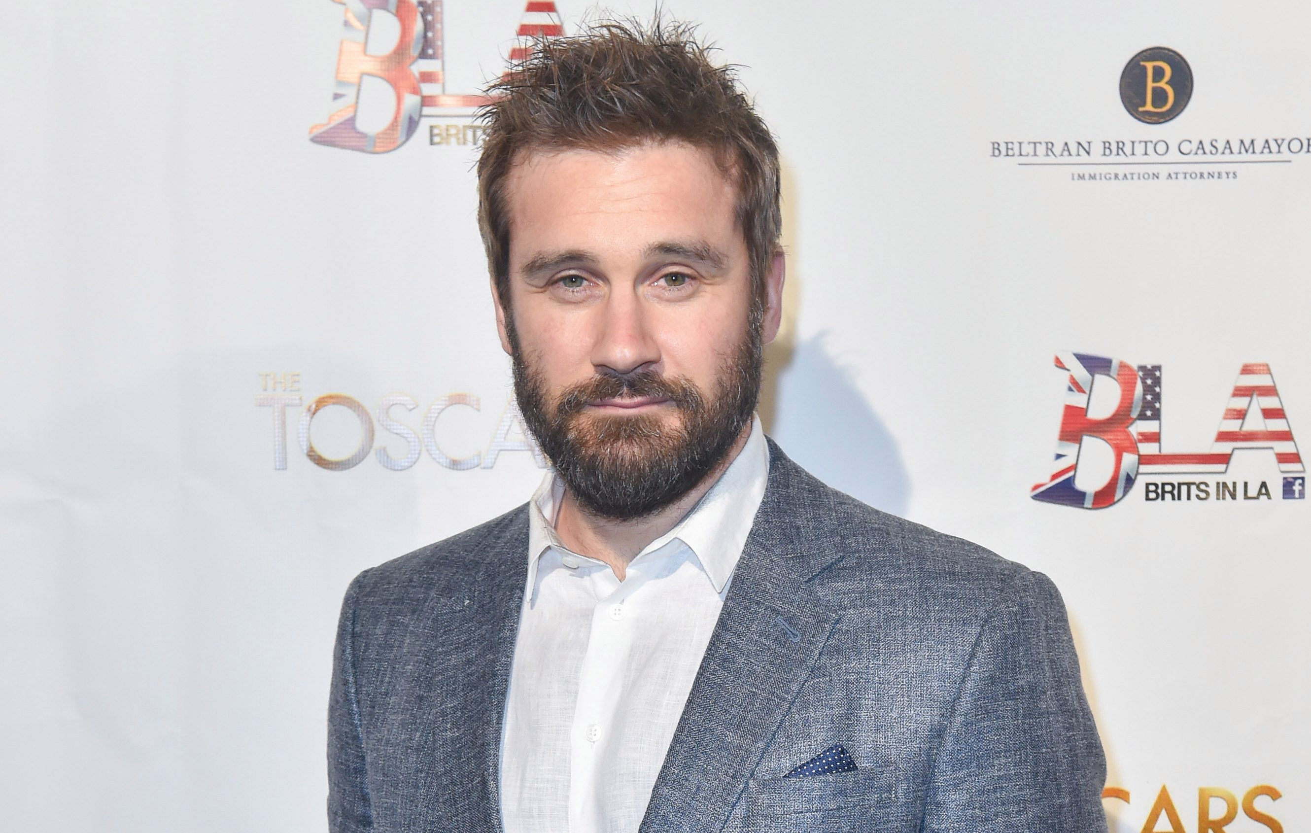 Vikings' Clive Standen warns f...