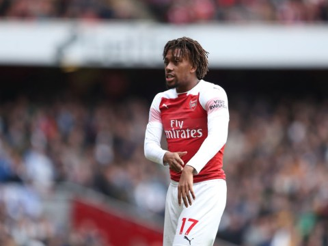 Everton complete signing of Alex Iwobi from Arsenal