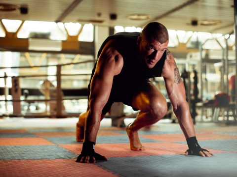 Daily Fitness Challenge: Mountain climbers – how many can you do?