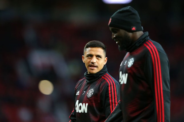 Romelu Lukaku flooding Alexis Sanchez with messages urging Man Utd forward to join Inter