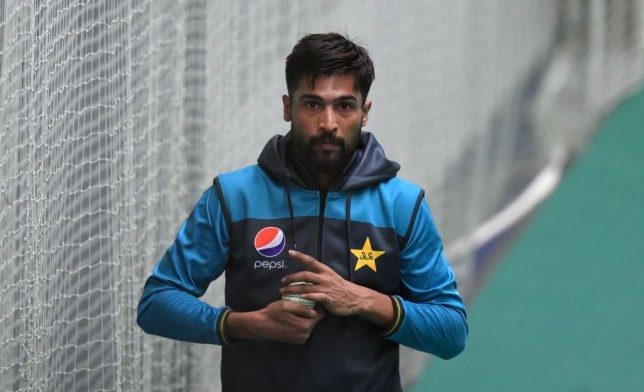 Pakistan bowler Mohammad Amir should reconsider Test retirement, says Shoaib Akhtar