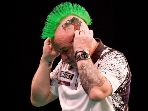 Peter Wright and James Wade upset on opening day of Brisbane Darts Masters