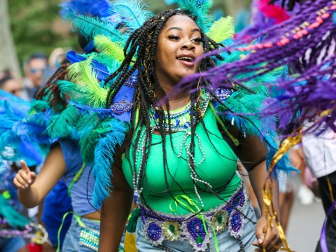 What time does Notting Hill Carnival finish and how many people attend?