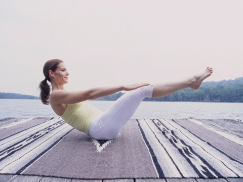 Daily Fitness Challenge: Can you do these V-sits for a minute?