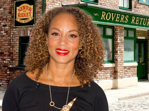 Who plays Fiona Middleton in Coronation Street and will she be coming back?