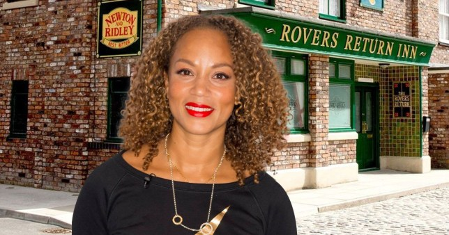 Angela Griffin as Fiona Middleton in front of the Rovers Return in Coronation Street