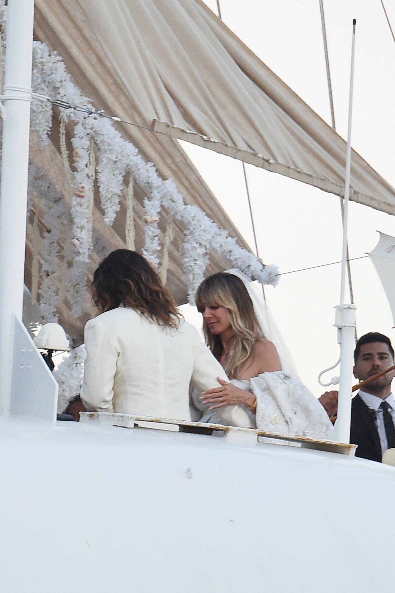 Kaulitz Stunning Time Heidi Italian Marries Second Tom For Klum In NOk8nwPX0