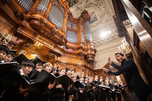 epa07775778 (FILE) - The State and Cathedral Choir of Berlin (Staats- und Domchor Berlin) performs during a Christmas Eve church service at the Berlin Cathedral in Berlin, Germany, 24 December 2018 (reissued 16 August 2019). The administrative court in Berlin decides on 18 August 2019 whether all-male cathedral choirs are obliged to accept female singers under gender discrimination laws. The parents of a nine-year-old girl is suing the city???s oldest choir for discrimination after it rejected her application to join the choir. The State and Cathedral Choir of Berlin, founded in 1465, has never admitted women. EPA/HAYOUNG JEON