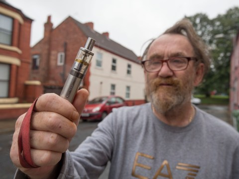 Taxi driver wins fight with 'litter police' over £600 vaping fine