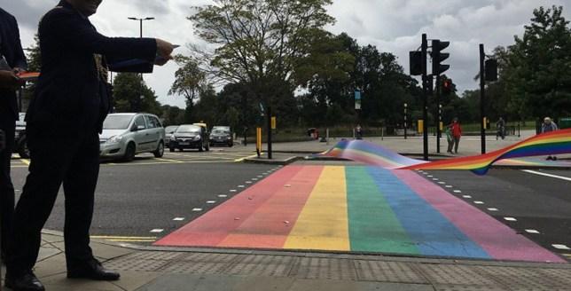 Więcej zdjęć z pierwszego w Wielkiej Brytanii Rainbow Crossing Picture: Lambeth Council