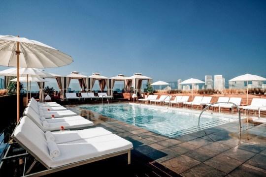 Los mejores sesenta hoteles del mundo, fotografía de Beverly Hills: sixtyhotels.com METROGRAB