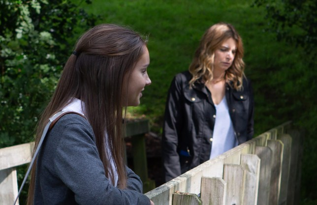Who is Sarah Sugden texting in Emmerdale and what is her storyline?