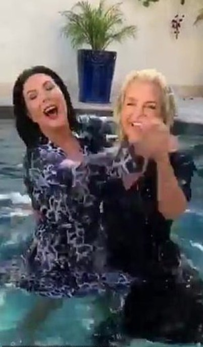 yolanda hadid and kris jenner dancing
