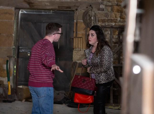 Mandy and Vinny argue in Emmerdale