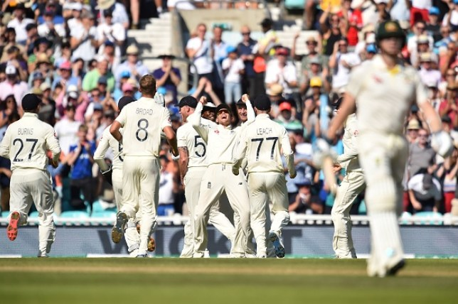 England are closing in on an Ashes-levelling win over Australia