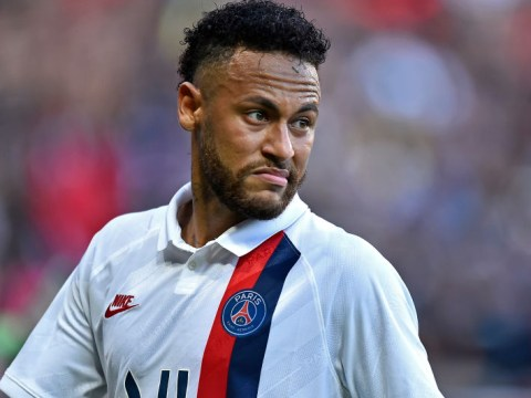 Neymar accepts boss from Paris Saint-Germain fans after failure to force transfer