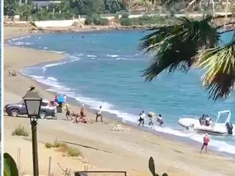 Smugglers threaten to kill onlookers if they call police while landing cannabis on beach