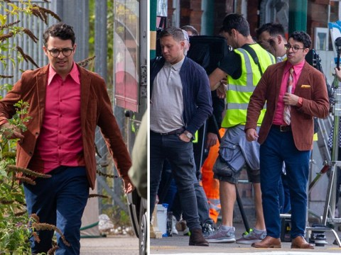 Simon Bird gets us all excited for Inbetweeners reunion as he brings back Will's geeky style for new advert