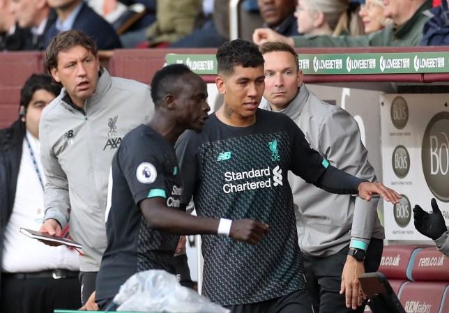 Sadio Mane dan Roberto Firmino saat laga Liverpool melawan Burnley