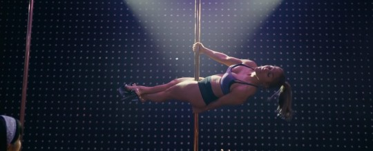 Jennifer Lopez has the moves as she shows off pole dancing skills for Hustlers (Picture: STX Entertainment)