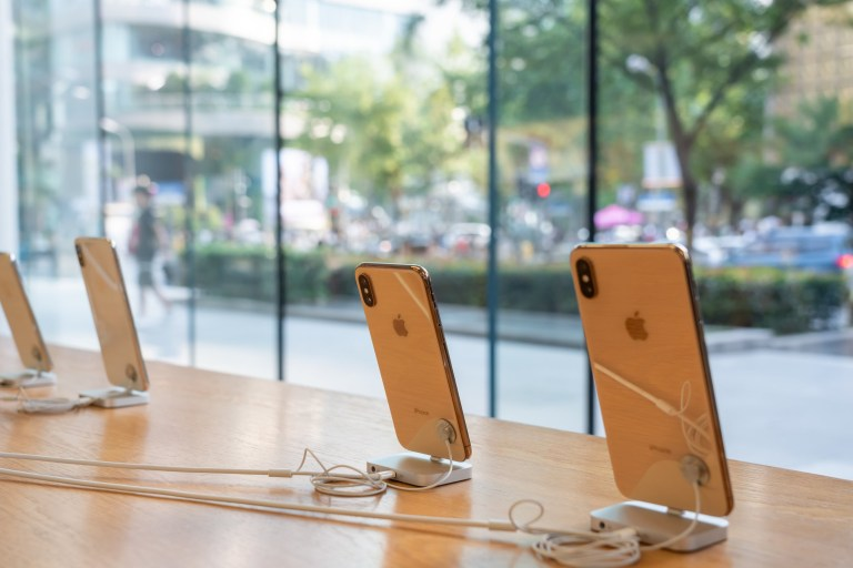 SHANGHAI, CHINA - 2019/09/07: I Phone XS and iPhone XS Max displayed in an Apple store in Shanghai. (Photo by Alex Tai/SOPA Images/LightRocket via Getty Images)