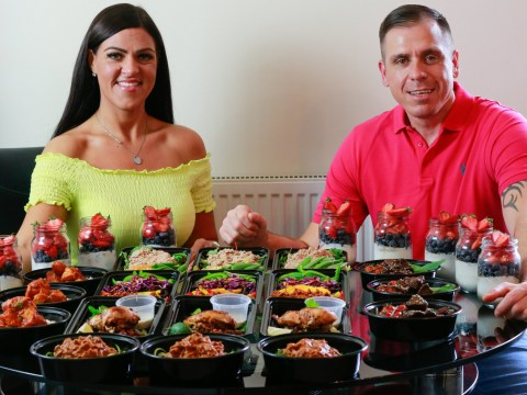 Couple lose 15 stone between them by batch-cooking meals for 60p a dish