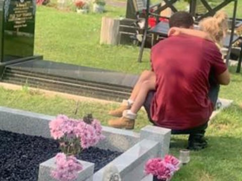 Mum of murdered teenager shares picture of his siblings hugging by his grave