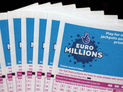 What time is the Euromillions draw tonight and what is the Friday jackpot?