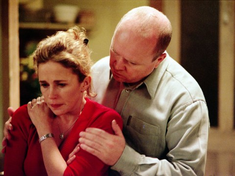 When did Lisa Fowler shoot Phil Mitchell and why?
