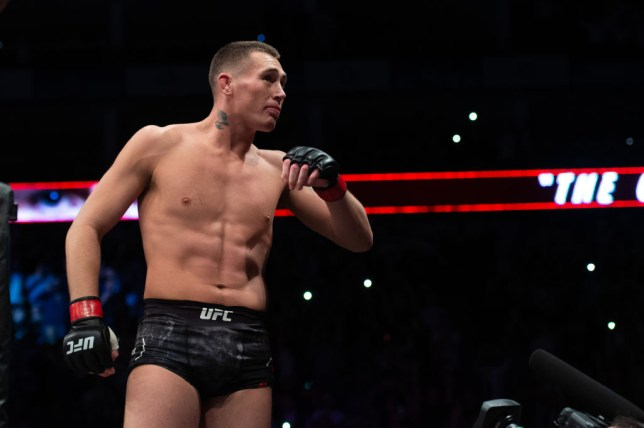 Darren Till swings his arms as he prepares for his UFC fight to begin