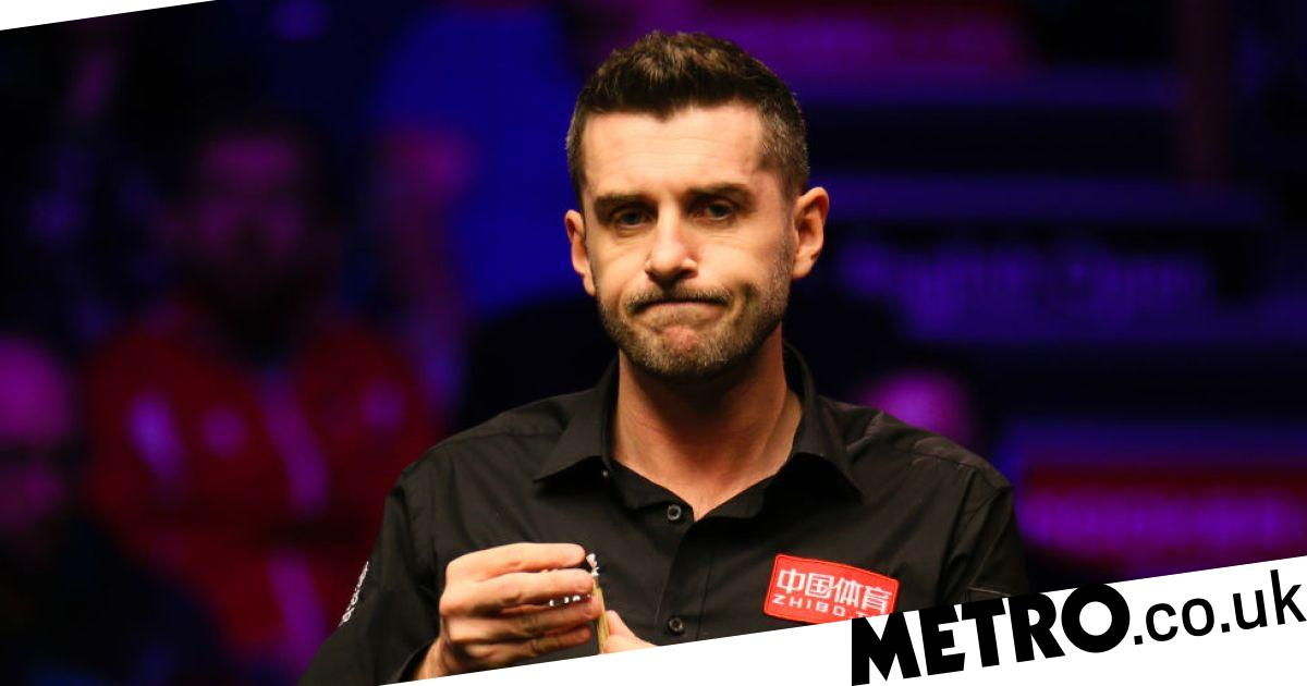 Big names tumble out of Snooker Shoot Out first round