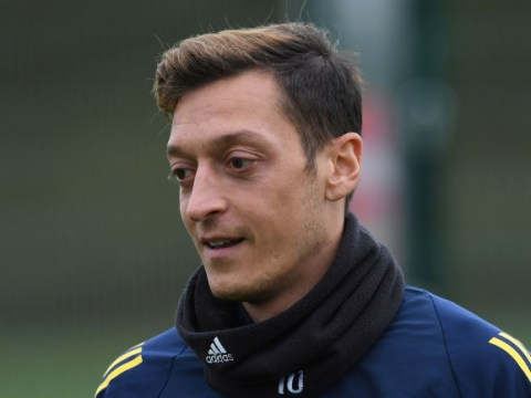 Owen Hargreaves calls on Arsenal to be open with the club's supporters over Mesut Ozil situation