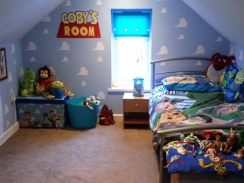 Mum gives son's bedroom a Toy Story themed transformation for just £100