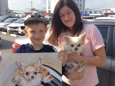 Nine-year-old paints stunning animal portraits to buy resources for shelters