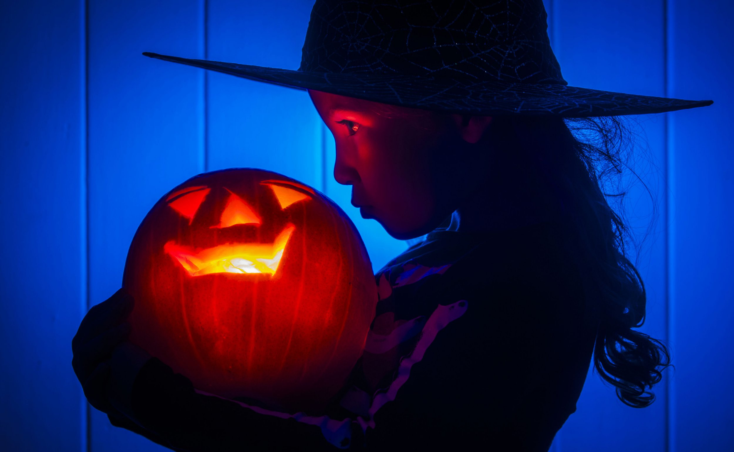 6 easy scary, funny and rude pumpkin carving ideas for