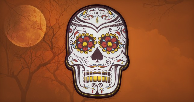 How to celebrate Dia de los Muertos without culturally appropriating picture: Getty/metro.co.uk
